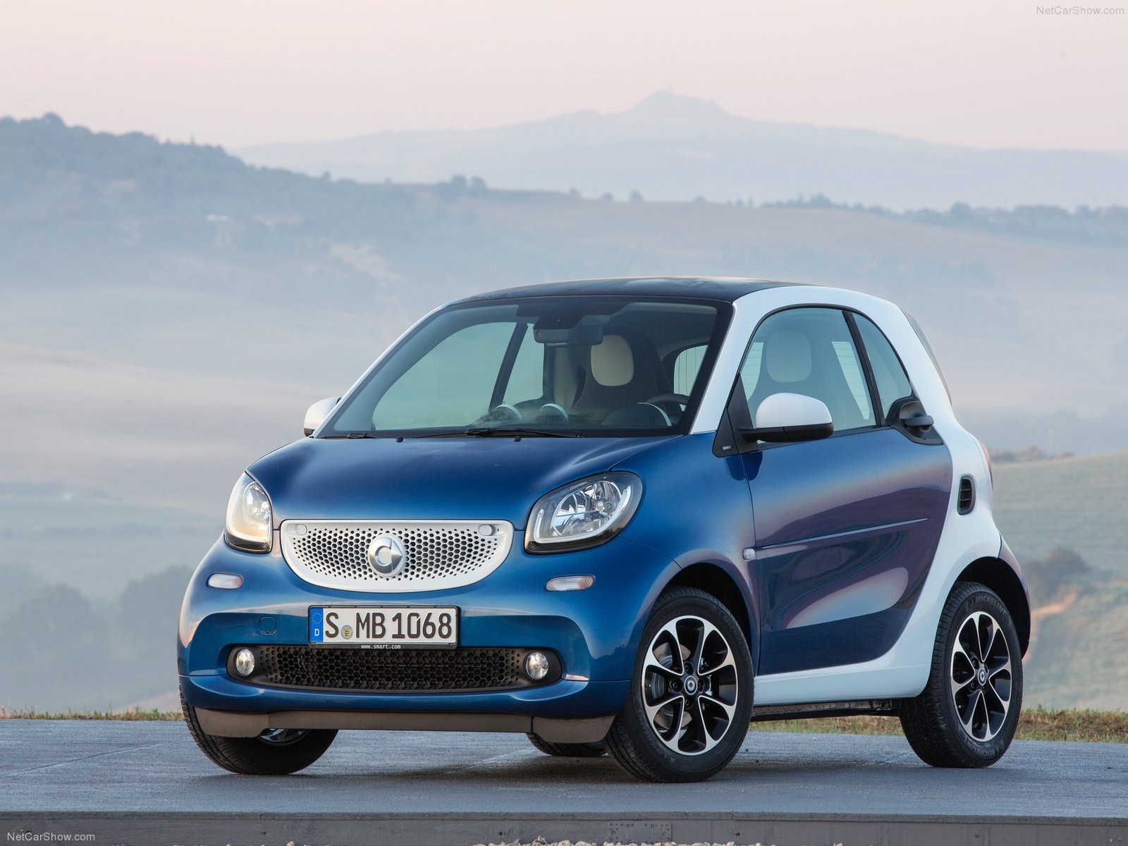 Smart-fortwo-2015-01
