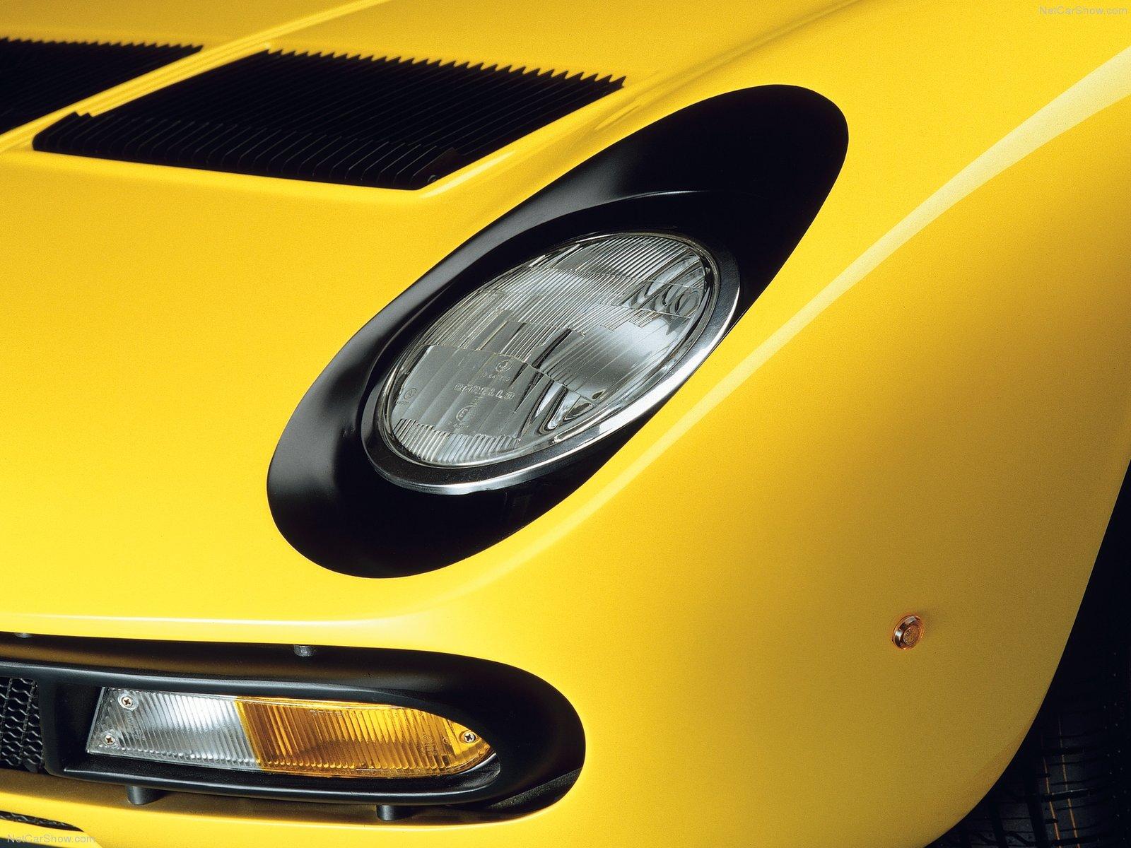 1-Lamborghini-Miura-SV-1971-10