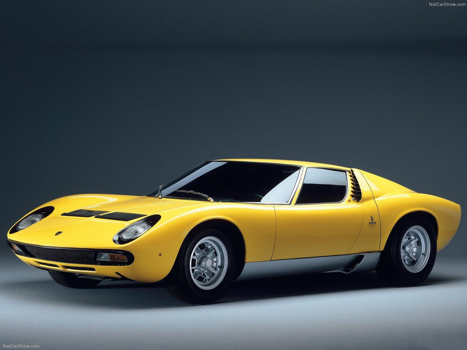 1-Lamborghini-Miura-SV-1971-4