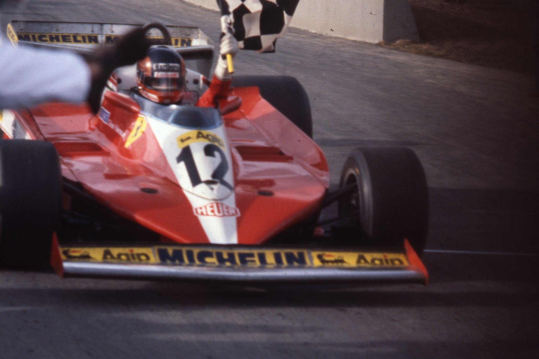 Gilles-Villeneuve-Montreal-1978-Drapeau-Damier