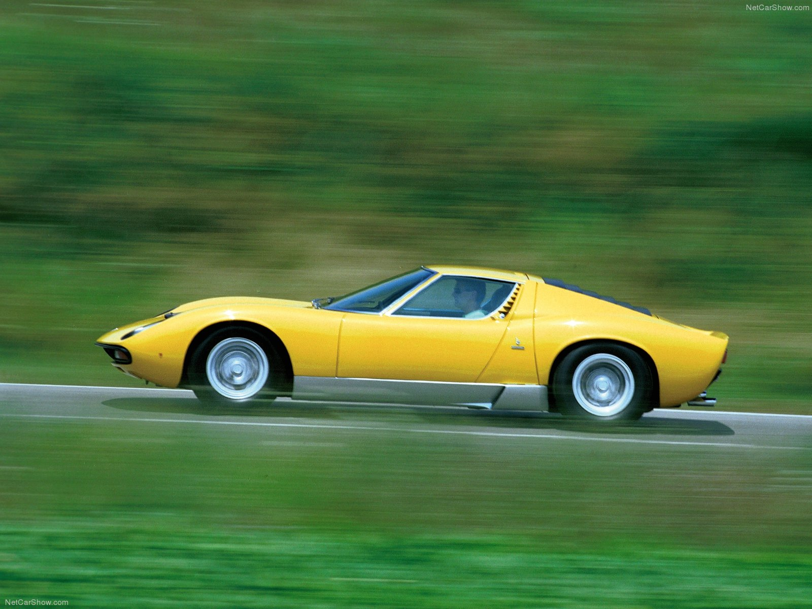 Lamborghini-Miura-SV-1971-2