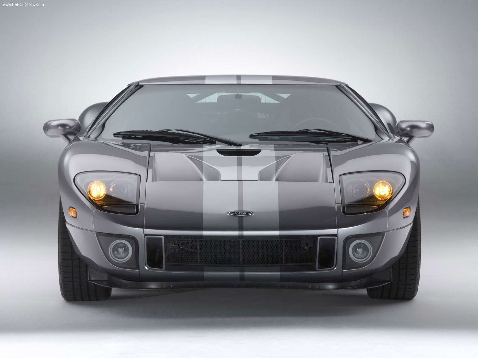 Ford-GT-2006-03