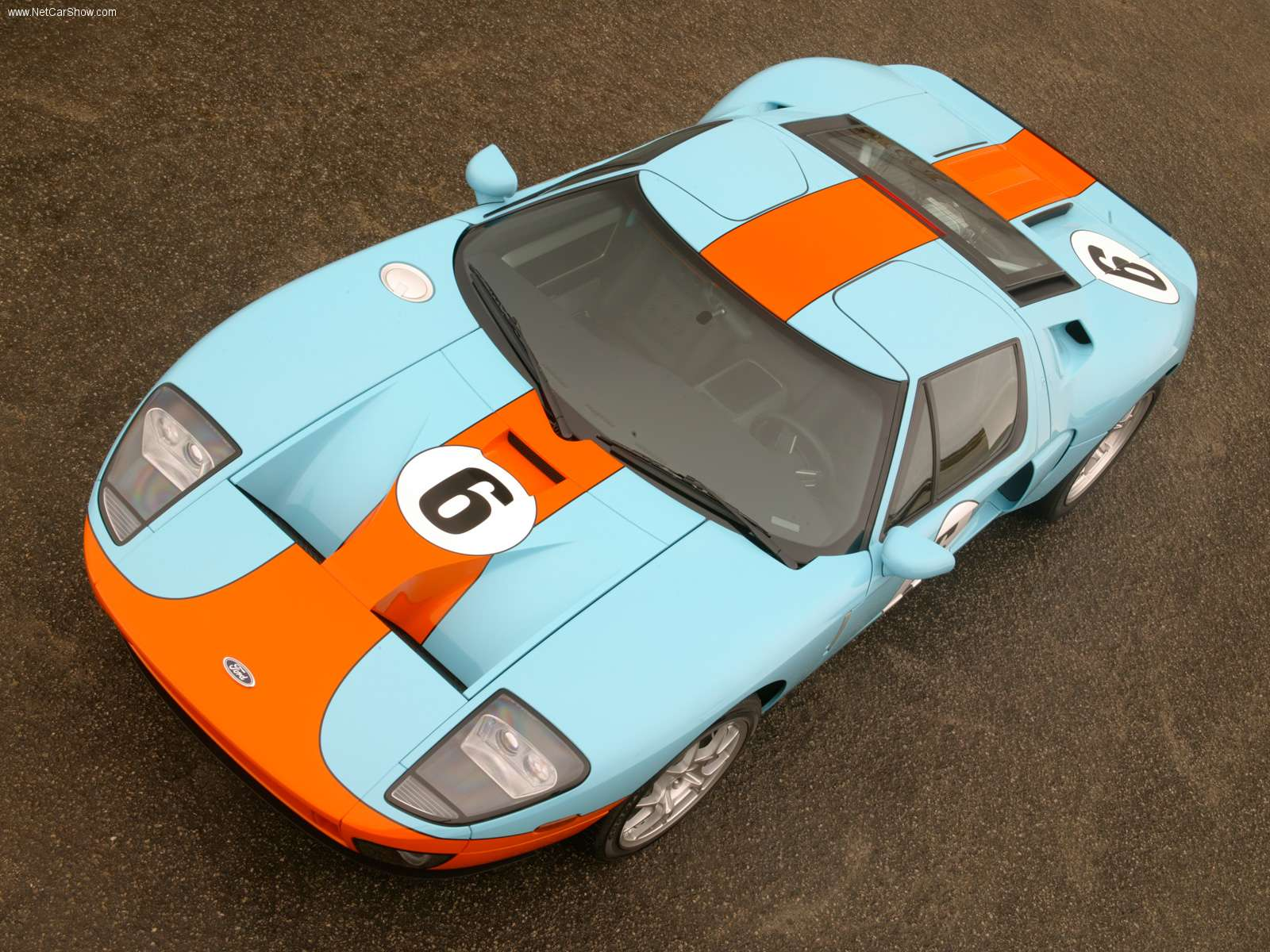 Ford-GT_Heritage_Limited-Edition-2006-01