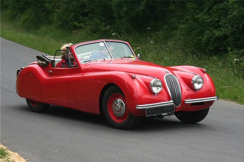Jaguar_XK_120_1953-wiki-Spurzem