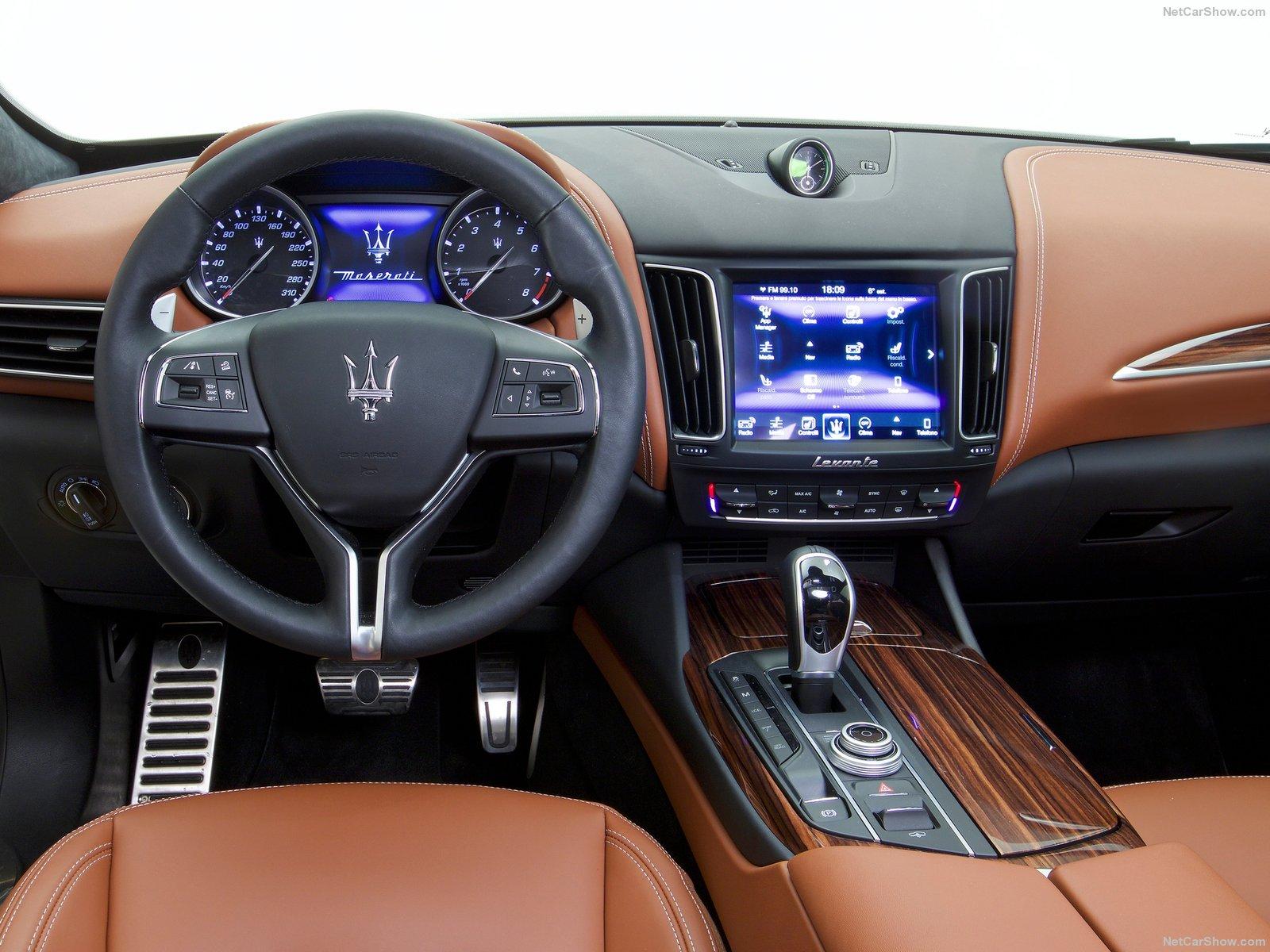 Maserati-Levante-2017-03