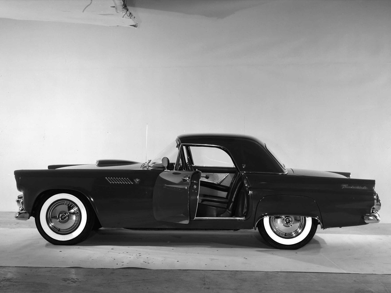 ford-thunderbird-1955-2